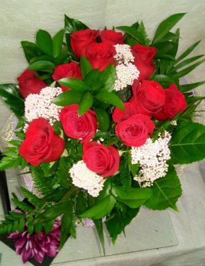 Ramo Docena de Rosas en redondo 1